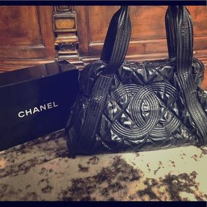 Authentic Chanel patent leather quilted large tote